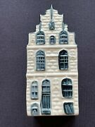 Klm Blue Delft Canal House 22. Not Empty