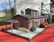 Purina Chows O Scale Diorama Supply Building Grain Elevator And Scenery 42x13