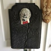 The Crypt Keeper Cemetery Grave Tombstone Halloween Movie Prop Cryptkeeper 1999