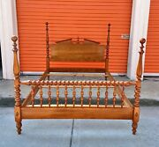 Vintage 1965 Ethan Allen Heirloom Full Sized Colonial Four Poster Pediment Bed
