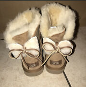 Ugg Classic Bailey Double Bow Fur Chestnut Suede Mini Boots Size Us 7 Womens