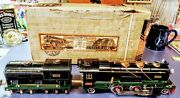 Used Lionel 1930and039s Prewar No. 260e O Gauge Locomotive And Tender W/boxes And Flags