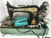 Antique Pat 1899-1910 Singer Sewing Machine -working Condition - Rare With Case