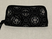 Thirty-one Soft Wallet Onyx Blossom Retired Pattern New