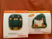 Dept 56 Halloween Gothic Street Lamp And Creepy Village Sign