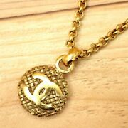 Vintage Round Necklace Coco Gold 29 Engraved 90s Gold Authentic Jp I19016