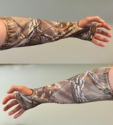 Cabelaand039s 1 Or 2 Piece Mens Camoskinz Armguard Realtree Xtra Hunting Bow Archery