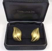Rare Vintage And Co Picasso 18k Gold Hammered Leaf Earrings Italy W/box