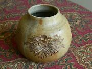 Signed Gini Khaki Green Glazed Studio Pottery Vase w/ Incised Starburst Design