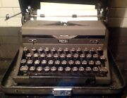 Vintage Grey Royal Quite De Luxe Manual Portable Typewriter W/case And Glass Keys