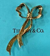 And Company 18k Yellow Gold Ribbon Pin Brooch Collectible Stamped 1985