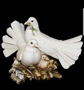 Animals In Porcelain By Capodimonte. Doves Bianche. Realistic
