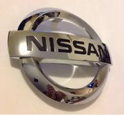 2011-2016 Nissan Rogue S And Sv Front Grill Chrome