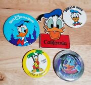 Donald Duck Buttons And Magnet