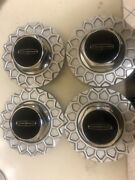 4 Linclon Hubcaps 1990-1997 Nos Lace Design Wheel