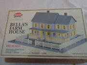 Model Power Ho Scale No 490 Bella's Farm House With Base ,grass,fence