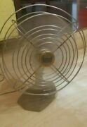 Vintage Manning Bowman Table Top Electric Fan Model 41 Circa 50s