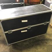 55 Tv,s Lcd Plasma,monitors Road Case With 2 Tv,s Used 2 Times