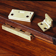 Brusso Small Box Hinges Pair 3/4 L X 1/2 W