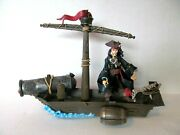 Pirates Of The Caribbean Zizzle Jack Sparrow In Boat Raft With Canon Action Fig