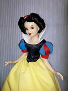 Limited Edition 5000 Numbered 2900 Disney Doll Snow White New In Box Nib 16