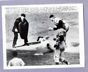 1949--indians @ Yankees--hegan Tags Stirnweiss--original 7x9 Wire Photo--nmt