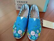 Toms Classic Canvas Shoe Size 7 - With Hand Painted Roses
