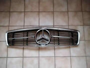Mercedes Benz Early W107 350 280 380 450 560 Sl Slc Front Grill Star