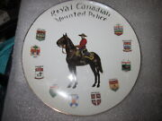 Rare Vintage Rcmp Territories Souvenir Coat Of Arms Plate With Gold Trim Leaf W/