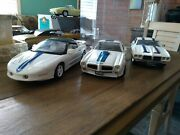 Pontiac Trans Ams 118 Scale Die-cast Model Cars In Display Case Awesome