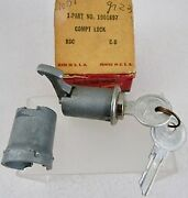 1959 Plymouth Sport Fury Nos Mopar Accessory Glove Box Lock And Keys