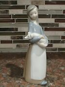 Lladro 1011 Girl With Pig Village Girl Holding Adorable Piglet - Mwob, Rv170