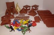 Vintage Lots Of Cowboys And Indians Figures W/fort Teepees Fence