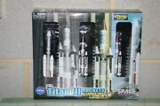 Dragon Wings 1400 Nasa Titan Iii Triple 56395 Die-cast Model Rockets