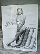 Vintage Autographed Publicity Photo Of Movie Star Doris Day In Bathing Suit