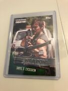 2017 Topps Walking Dead Evolution Weapons Green Parallel Daryl's Crossbow 01/25