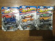 Lot Of 3 Hot Wheels Car Set Collectible Puzzle Eraser 3 Pack Factory Sealed New
