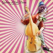 Porcelain Of Capodimonte.clown With Low