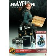 Sideshow Tomb Raider Lara Croft Snow Day Statue Exclusive - Small Hair Issue