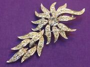 Sarah Coventry Dazzling Vintage Trembling Brooch Converts To A Pendant