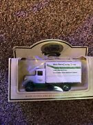 Lledo - Promotional - Elm Farm Catering Service Truck - Boxed