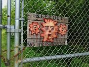 The Walking Dead Zombie Keep Out No Trespassing Sign Scary Halloween Prop Rotld