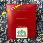 2020 Hallmark Haunted Mansion Hitchhiking Ghosts Ornament Sold Out - In Hand