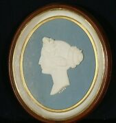Antique 19th Century Victorian Carved Marble Bust In Large Oval Frame