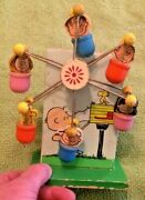 1972 Peanuts Spinning Wheel Toy Japan Snoopy United Feature Music Box