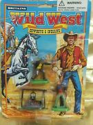 Britains Wild West Cowboy And Indian - W/ 2 Gunfighters And Stew Cooking Over Fireandnbsp