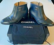 Calfskin Leather Black And Navy Blue Bootie, Large Cc Logo Size Us 8 Eu 38