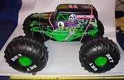 Grave Digger Monster Jam Rc Truck Size L28xw18xh16 16-scale