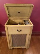 Stunning Vtg Majestic Blonde Wood 78 Rpm Record Player Am Short Wave Console