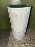 Starbucks 2016 White Cable Knit Sweater 10 Oz Ceramic Travel Cup W/ Green Lid
